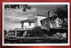 B257 Tea Hotel Kericho Kenya. Voitures Des Années 1950. Non Circulé. Rafique Chaudhel - Kenya