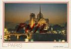 Paris - La Cathédrale Notre-Dame Et La Seine, Ref 1108-453 - Paris By Night