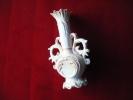 Vase Sublime -hauteur 14.5cm----accidente-decor De Myosotis--enfant Jesus(sous Reserve)ceramique A Determiner - Cerámica Y Alfarerías
