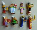 FIGURINES ASTERIX SERIE KINDER COMPLETE ASTERIX 50 ANS 2009 - Asterix & Obelix