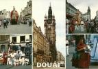 CPSM De DOUAI (59500) : Le Beffroi - Mr. Et Mme Gayant Et Leurs Enfants. - Douai