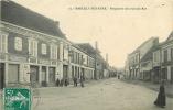 Marcilly Sur Eure : Perspective De La Grande Rue Animée, Café Des Sports, Félix Potin. 2 Scans. - Marcilly-sur-Eure