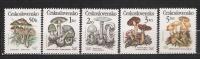 1989 - N. 3017/21** (CATALOGO UNIFICATO) - Tchécoslovaquie