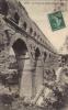 LE PONT DU GARD ET LA ROUTE  -  1910 - Unclassified