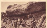 LESSOUTO / HABITATIONS INDIGENES DANS UNE GROTTE A QALO - Lesotho