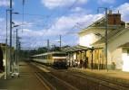 RU 0678 - Train, Loco BB 22200 (22218) En Gare - QUIMPERLE (29) - SNCF - - Quimperlé