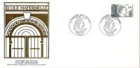 Grande Env Fdc France+feuille D´or,8/3/85 Paris, N°2361, Hommage Aux Femmes,pauline Kergaumard,école Maternelle - 1980-1989