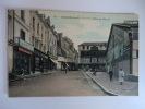 CHATELLERAULT - Place Du Marché - Chatellerault