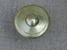 Poign�e ancienne � t�ton , en cuivre, � tige de 34 cm de hauteur. Voir photos.