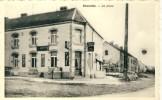 """Beauwelz - La Place - Bisrtot """" Chez Ludo """" - Pub : Martini, Stout , Bières Noël, Ect ..; - Momignies"""