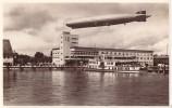 AK Friedrichshafen Zeppelin über Hafenbahnhof Gelaufen - Zeppeline