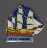 16029-bateau.voilier.peti T  Navire.signé L'astrolabe - Barcos