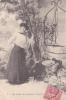 18298 Série Temps Des Cerises. Femme Puits. 4 Ferais Des Pendants D'oreilles