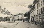 51- Montmirail La Place Café Du Commerce Au Petit Louvre Café Du Bon Coin - Montmirail