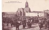 18333 BRESSUIRE (79 France) - Le Champ De Foire - Un Jour De Marché -51 Nozais - Vache Betail