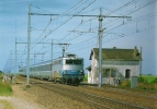 SNCF OINVILLE-SAINT-LIPHARD (28) Ligne Paris à Orléans PN 51 à Barrières Manuelles Train Aqualys Le 28 Juin 2003 - Trenes