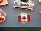 (lot330) Pin´s Pins De Collection MINI DRAPEAU CANADIEN FEUILLE D'ERABLE  /  TRES BON ETAT  (pour L´état : Voir Photos , - Zonder Classificatie