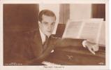 18506 Ramon Novaro . Ross Berlin 1821/ 2 SW 68. Piano Sohmer ?