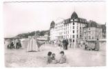 *1665*   TROUVILLE : La Plage Et Le Trouville Palace - Trouville