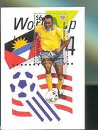 ANTIGUA & BARBUDA  1842 MNH WORLD CUP FOOTBALL - SOCCER 1994  USA MALDIVE PLAYER  ( - Unclassified