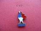 FEDERATION FRANCAISE DE TIR ( Coq ) - Pins