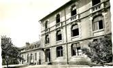 Yzeure . Institution Des Charmettes. - Francia