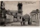 Saint Gildas De Rhuys   La Place Et L école - Palais