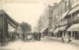 Royan : Animation Boulevard Thiers Et Le Kiosque, Café. Dos Simple. 2 Scans. - Royan