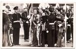 H.M. KONINGIN JULIANA VERLAAT DE NIEUWE KERK NA DE EEDSAFLEGGING A'DAM 6 SEPT. 1948 REINE HOLLANDE PAYS-BAS - Koninklijke Families