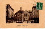 MANTES-LA-JOLIE  -  L' HÔTEL DE VILLE - Mantes La Jolie