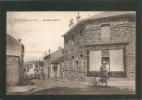 BELLE C.P.A   ACHERES (S.et.O) .  -- Rue Saint - Martin  -   Magazin VINS , TABACS , LIQUEURS , CARTES POSTALES - Acheres
