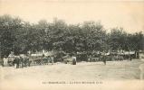 BORDEAUX - Place MERIADECH - Marché Aux Puces - 2 Scans - Bordeaux