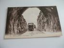 Auto Car Auto Taxi  Presso Le Tunnel Rocamadour - Taxi & Carrozzelle