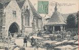 29 SAINT JEAN DU DOIGT Cpa Animée Portail De L' Eglise Et Oratoire                  831 ND - Saint-Jean-du-Doigt