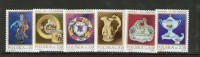 POLOGNE 1985 PORCELAINES  YVERT  N°2608/13 NEUF MNH** - Unused Stamps