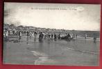 B964 Les Sables D'Olonne Vendée, La Plage. TRES ANIME.Cachet 1918 Vers La Suisse. Jehly-Poupin 50 - Sables D'Olonne