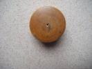 Boite A Pilule (buis Sous Reserve) Vide Avec Couvercle Qui Se Visse - Hauteur 2.2cm Diametre3.4cm Environ - Autres Collections