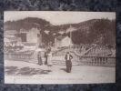 (07). VALS LES BAINS.LE PONT DU CASINO ET LES JARDINS.VERS 1910. - Vals Les Bains