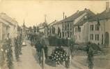 Etalle - Traversée Du Cortège, Le 18 Et 19 Juillet 1920, En L´honneur Des Martyrs De Rossignol ( 1 ) - Etalle