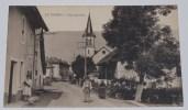 LE VIVIERS - CPA 73 - RUE CENTRALE : Eglise, Personnages ....(Près Aix Les Bains). - Sin Clasificación