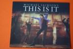 """MICHAEL JACKSON'S THIS IS IT KING OF THE POP PLAQUETTE >3D HOLOGRAMME  VIP """"JULY 13, 2009-MARCH 6,2010  MUSIQUE DANCE - Objets Dérivés"""