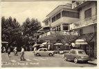 BELLARIA (RIMINI) PIAZZA MATTEOTTI CENTRAL BAR SPETTACOLO DI VECCHIE AUTO 1962 - Rimini