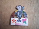 "1 Pin""s Edf Londres 2012 Mascotte Gay Pride - Pin's & Anstecknadeln"