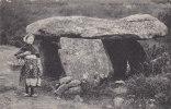 00381 Dolmen Menhris L`AUVERGNE PITTRESQUE Dolmen De Saint Nectaire - Dolmen & Menhire