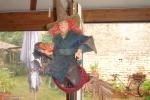 Sorcière Sur Son Balai ,carton Bouilli Et Sisal,à Suspendre,H:68,l:56,P:35 Cms - Halloween