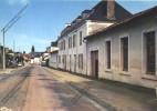 PRESSAC Vienne 86 : L' Entrée Du Bourg ( école Des Filles ) - Otros Municipios