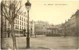64/CPA - Biarritz - Place Sainte Eugénie - Biarritz