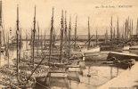 ILE DE GROIX (56) Port Tudy Bateaux De Peche Thoniers Beau Plan - Groix