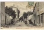 Carte Postale Ancienne Montmerle - Rue De Montceau - France
