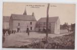 SAINT-CYR-LE-GRAVELAIS - La Place - Cliché Dupont - France